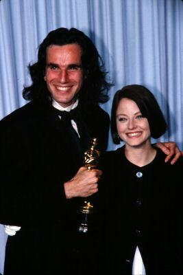 Daniel Day-Lewis holding Oscar for My Left Foot