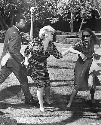 Sidney Poitier, Shelley Winters & Elizabeth Hartman in A Patch of Blue