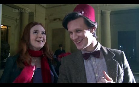 isi lvvvvvvveeeeeeeeeee matt smith with a bowtie and fez