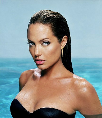 Don't let me mislead you, I am not Angelina!
