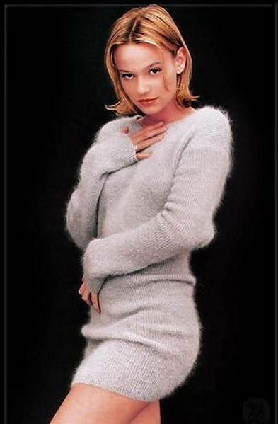 Samantha Mathis