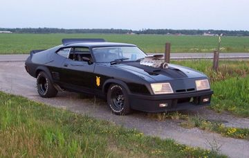 pic of car mad max black car